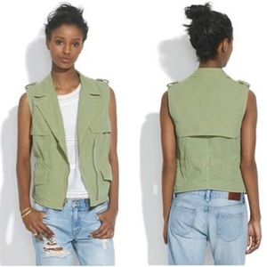 Madewell Modern Safari Utility Vest in Green Small